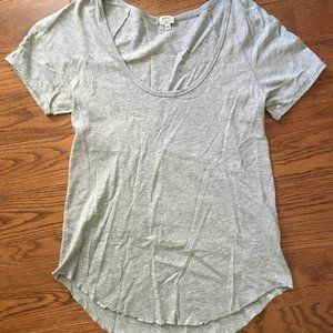 Aritizia Wilfred grey t-shirt